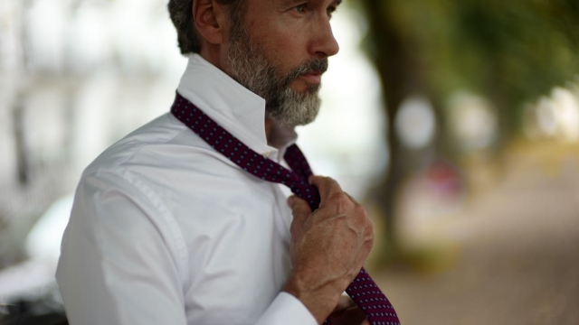 Remote-Working Style Tips: How to Dress to Impress and Get Deals Done